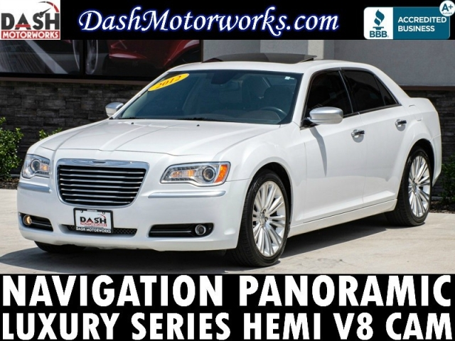 2012 Chrysler 300C V8 Luxury Navigation Panoramic Camera Leather