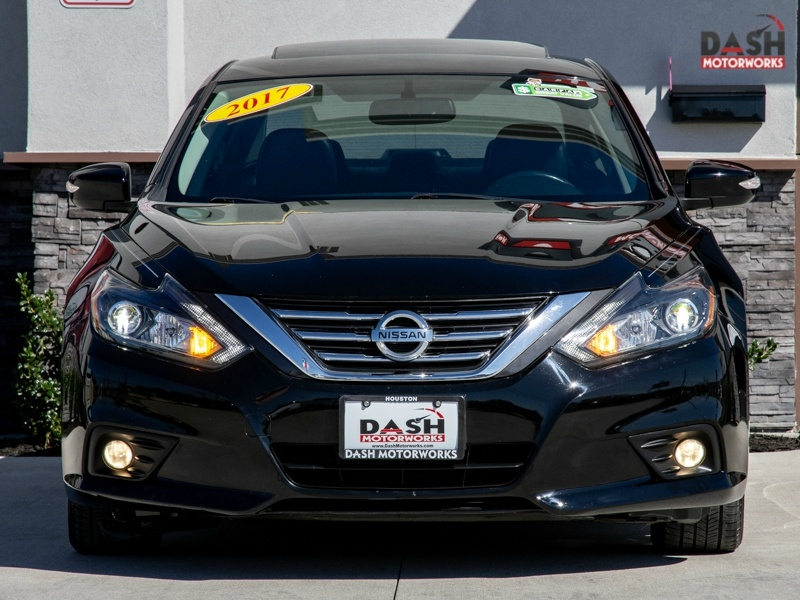 Nissan Altima 2.5 SL Tech Navigation Camera Sunroof Leath 2017 price $15,599