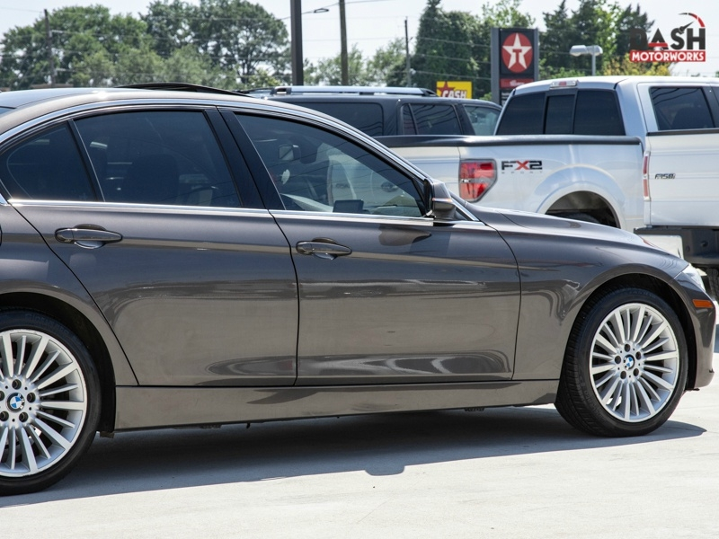 BMW 328i Sedan Luxury Line Navigation Sunroof Leather 2012 price $10,899