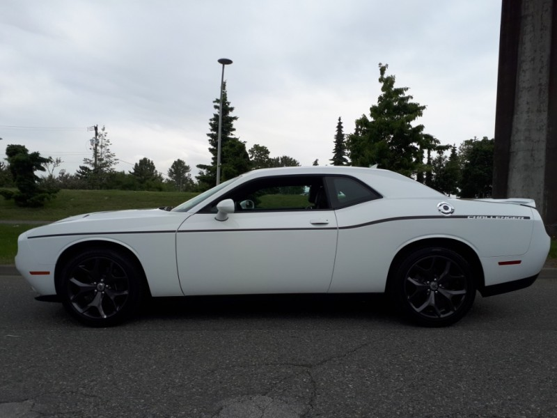Dodge Challenger 2018 price $34,900