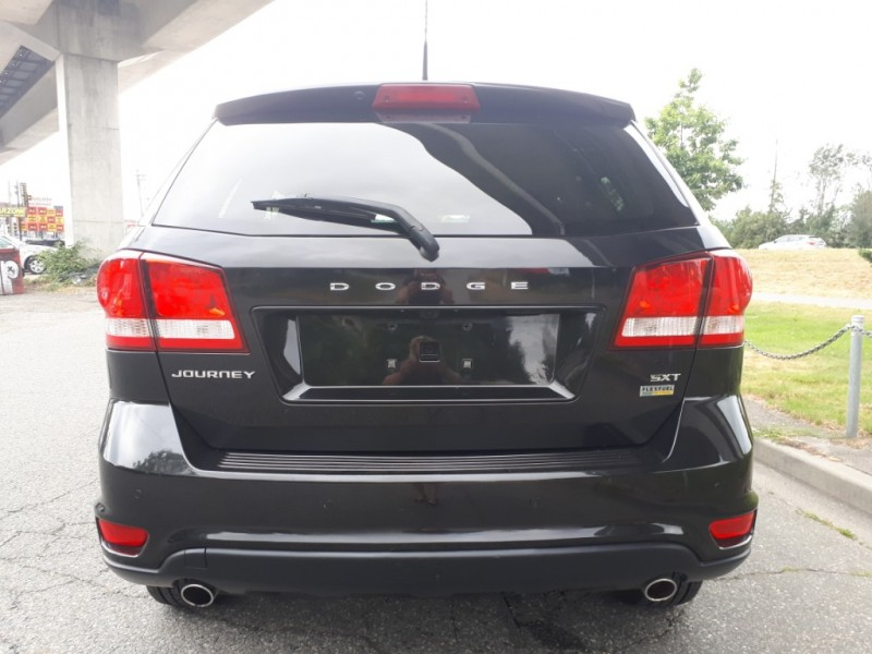 Dodge Journey 2011 price $7,985