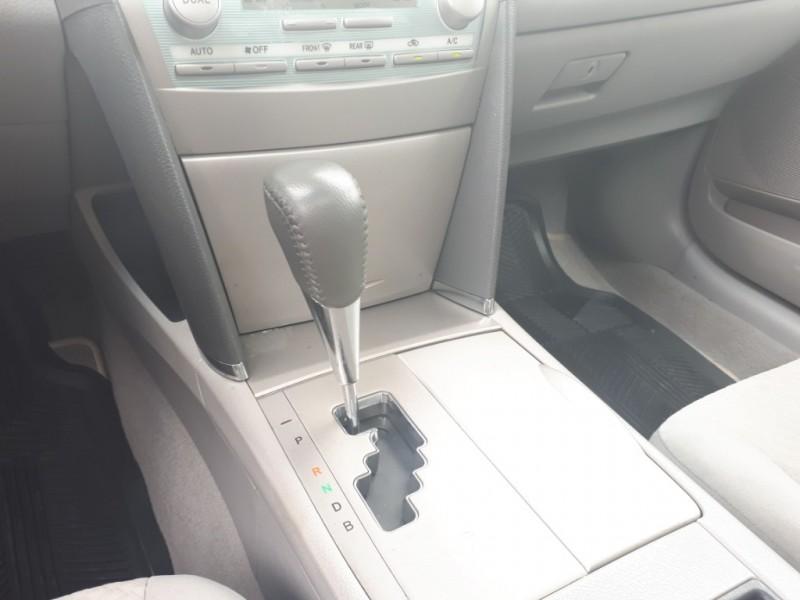 Toyota Camry Hybrid 2009 price $8,988