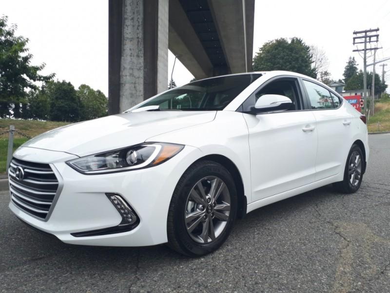 Hyundai Elantra 2018 price $21,995
