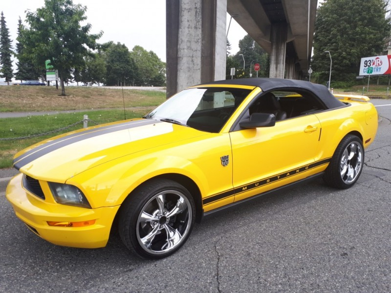 Ford Mustang 2006 price $7,780