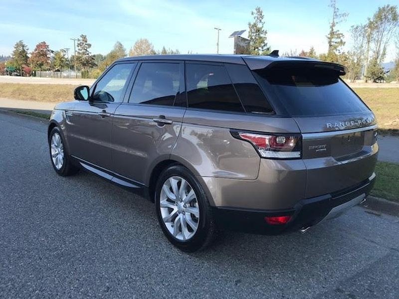 Land Rover Range Rover Sport 2016 price $42,995