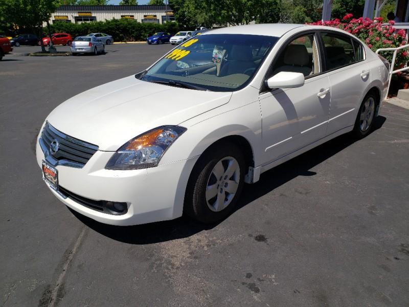 Nissan Altima 2008 price $7,999