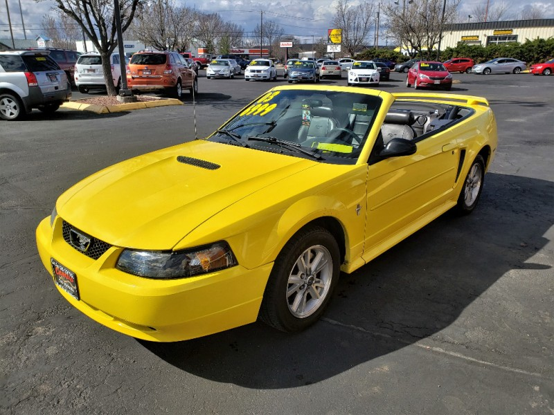 Ford Mustang 2003 price $4,999