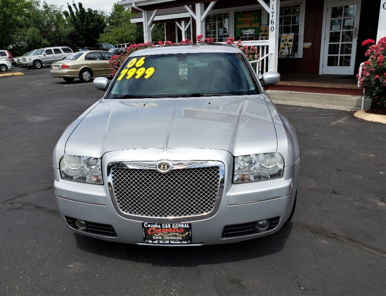 Chrysler 300-Series 2006 price $7,999