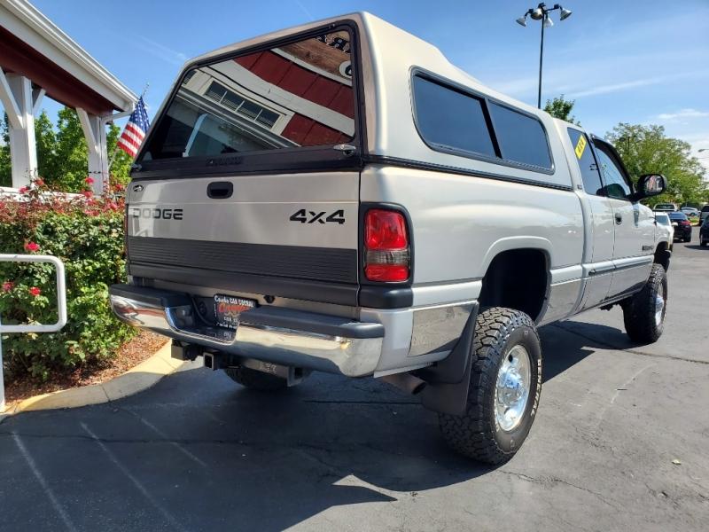 Dodge Ram 2500 2001 price $11,999