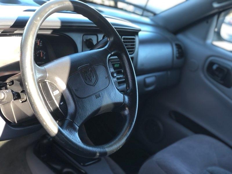 Dodge Durango 1999 price $3,499