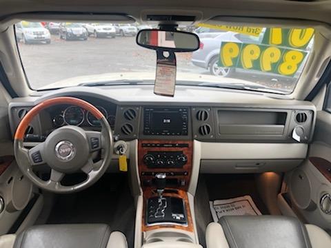 Jeep Commander 2007 price $8,999