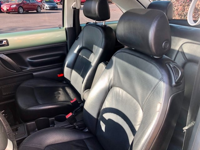 Volkswagen New Beetle Coupe 2006 price $6,999