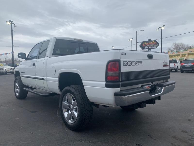 Dodge Ram 1500 2001 price $8,999