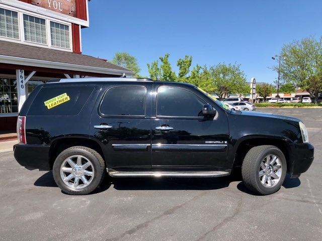 GMC Yukon Denali 2007 price $12,999