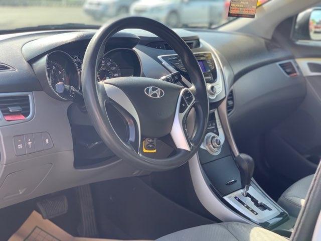 Hyundai Elantra 2012 price $8,999