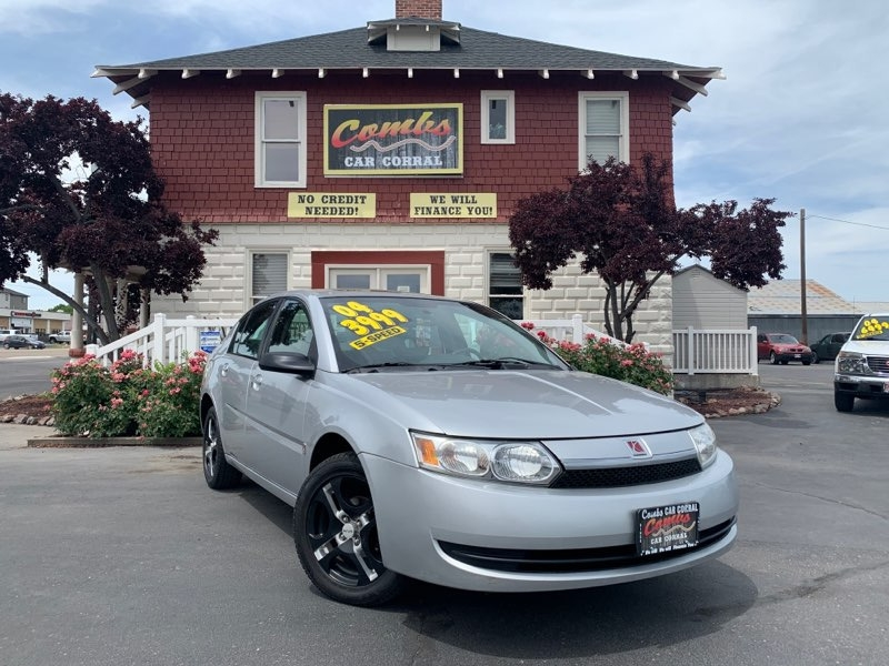 Saturn Ion 2004 price $3,999