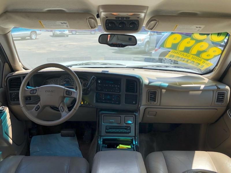 GMC Yukon Denali 2005 price $8,999