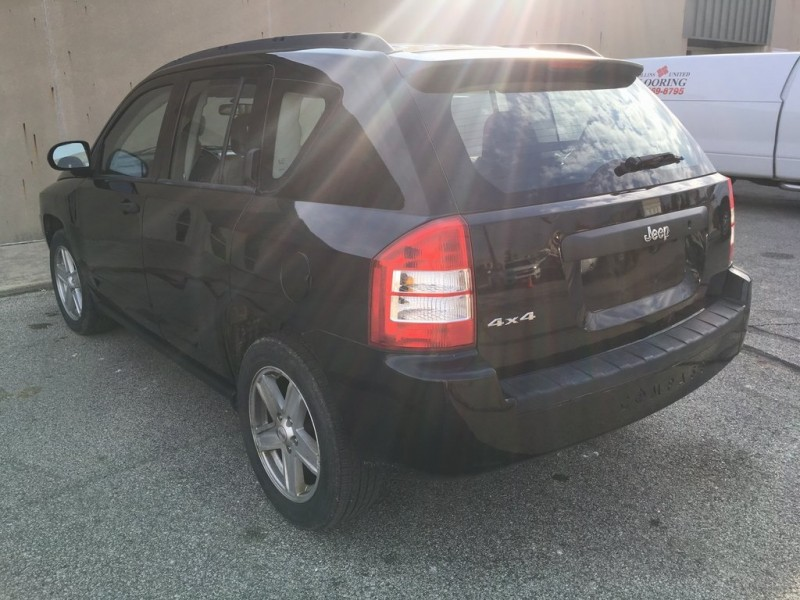 Jeep Compass 2008 price $4,990