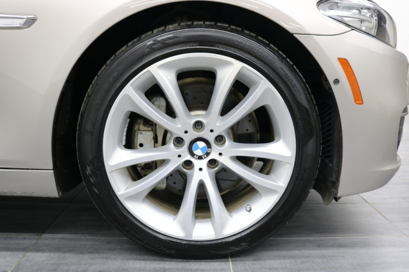 BMW 5-Series 2015 price $17,992