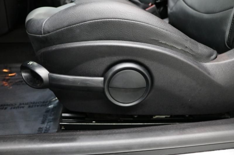 Mini Cooper Hardtop 2008 price $4,992