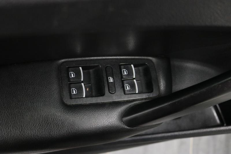 Volkswagen Passat 2013 price $7,492