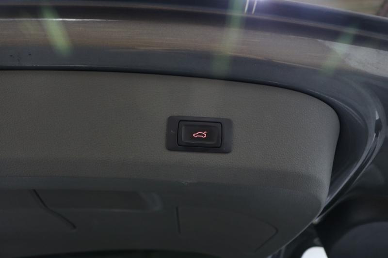 Audi Q7 2014 price $16,992