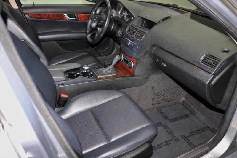Mercedes-Benz C-Class 2008 price $6,991