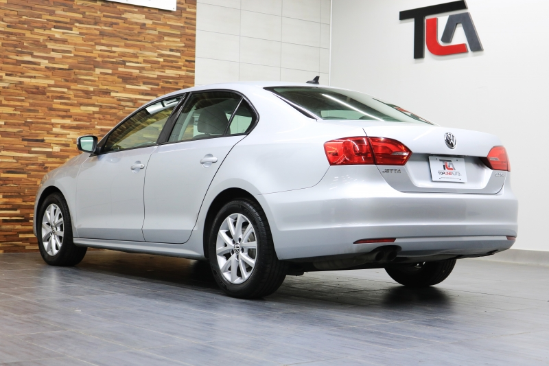 Volkswagen Jetta Sedan 2011 price $5,491