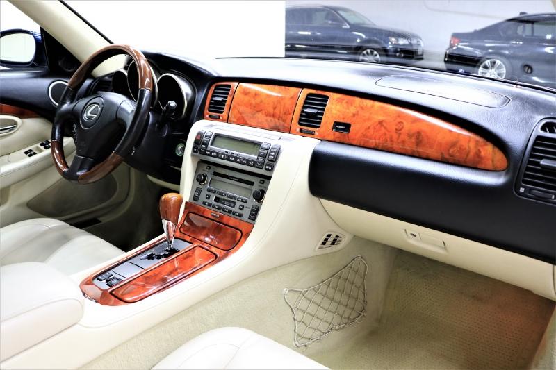 Lexus SC 430 2006 price $9,991