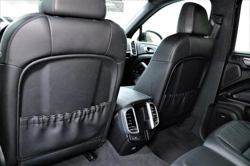 Porsche Cayenne 2012 price $16,491