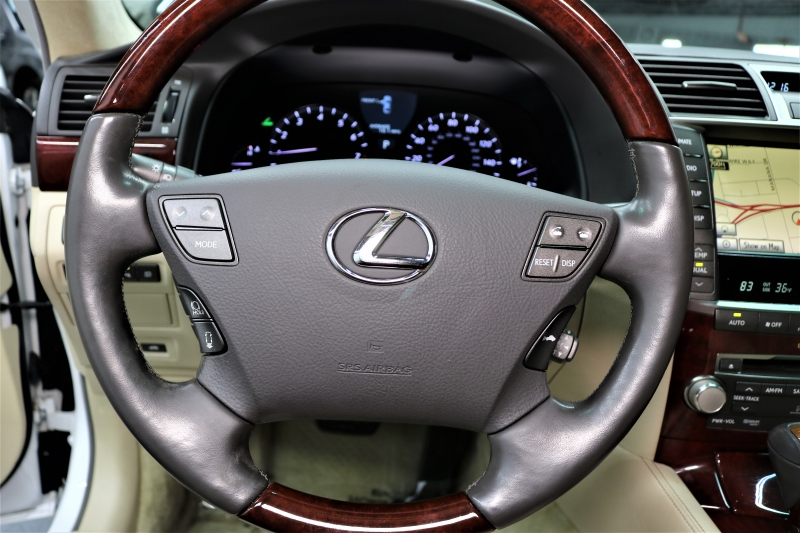 Lexus LS 460 2010 price $12,991