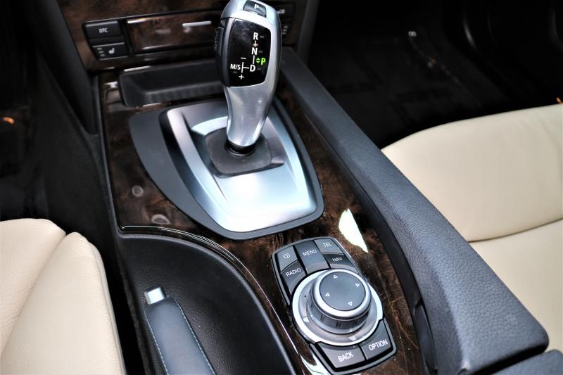 BMW 5-Series 2010 price $10,991