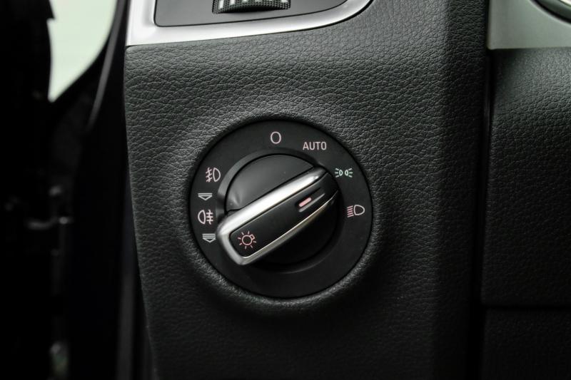 Audi Q7 2015 price $26,491