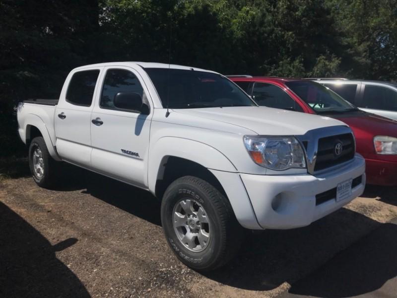 Toyota Tacoma 2006 price $12,500