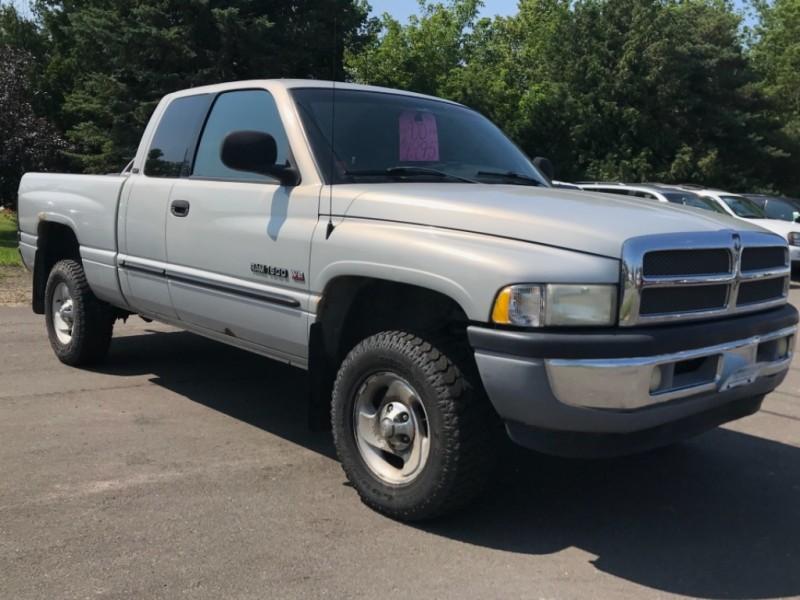 Dodge Ram 1500 2000 price $5,995