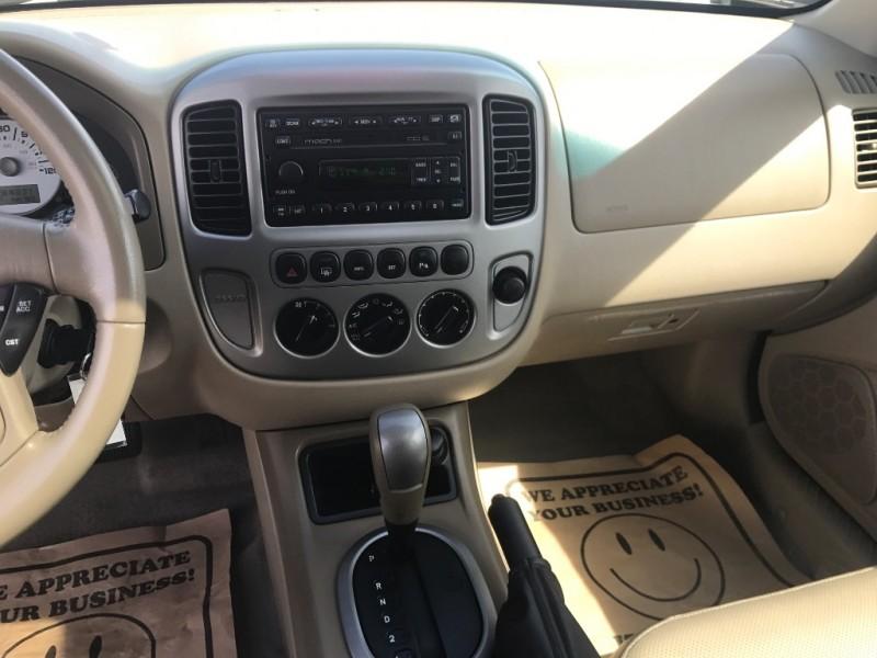 Ford Escape 2005 price $5,250