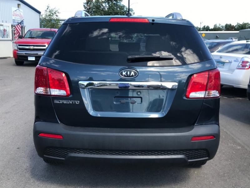 Kia Sorento 2011 price $9,995