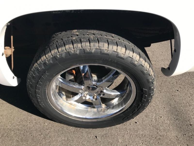 Chevrolet Silverado 1500 2001 price $7,995