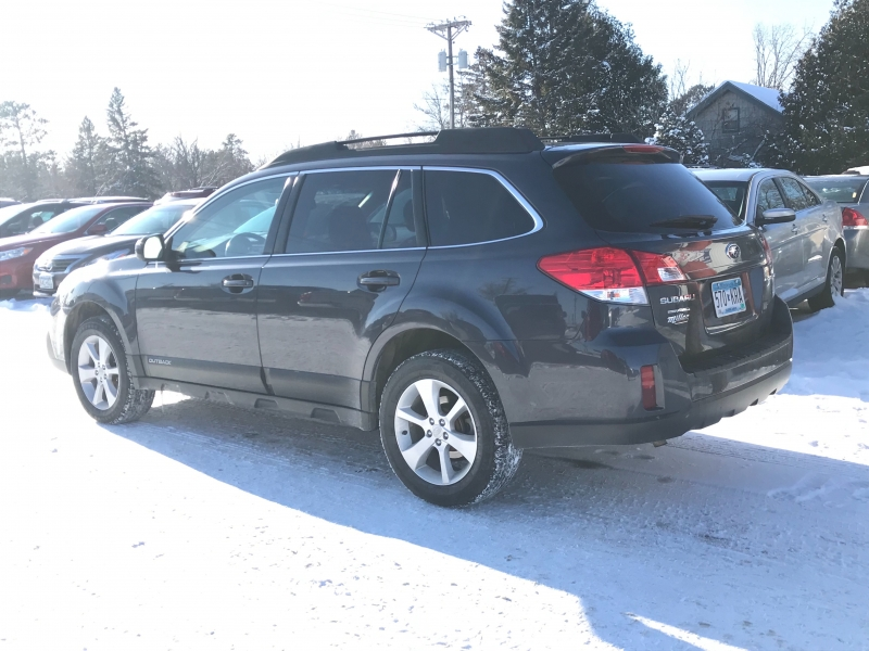 Subaru Outback 2013 price $12,995