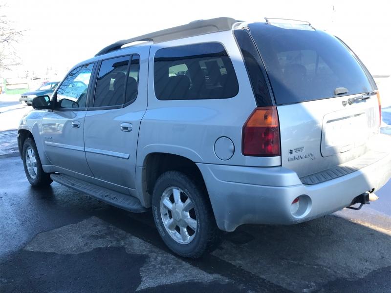 GMC Envoy XL 2006 price $5,995