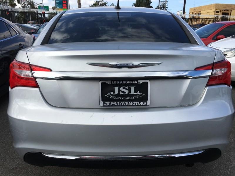 Chrysler 200 2012 price $12,299