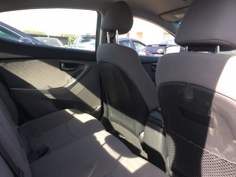 Hyundai Elantra 2015 price $13,999