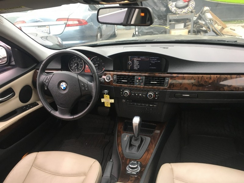 BMW 3-Series 2011 price $15,299