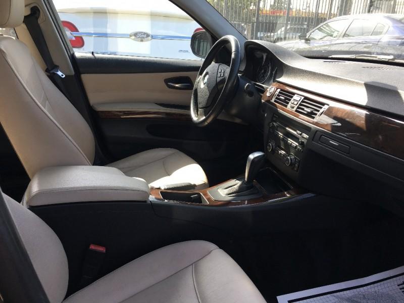 BMW 3-Series 2011 price $15,599