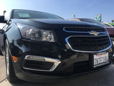 2016 CHEVROLET CRUZE LIMITED SEDAN! ONLY 35K MILES! NEWER BODY! LIKE NEW! IDEAL A-TO-B CAR! $2,000 D