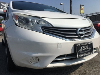 2014 NISSAN VERSA SV HATCHBACK SEDAN! 88K MILES! RELATIVELY LOW PAYMENTS! $1,000 DRIVE OFF SPECIAL!