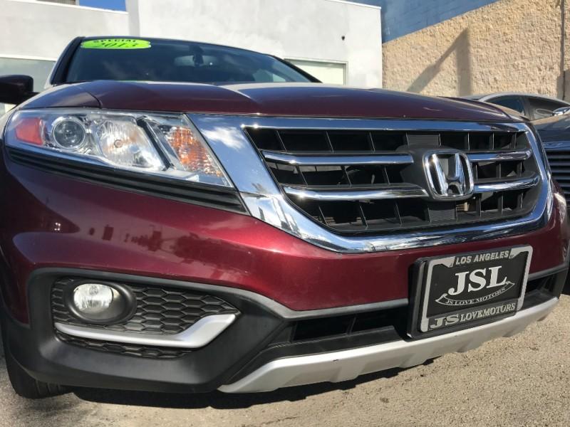 Honda Crosstour 2013 price $14,999