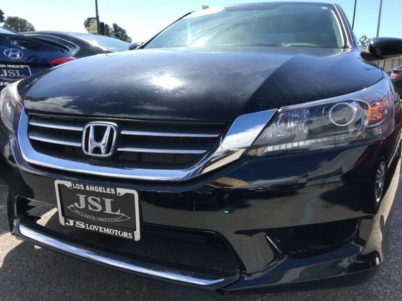 Honda Accord Sedan 2015 price $18,400