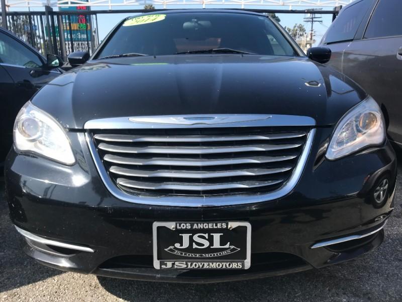Chrysler 200 2014 price $13,999