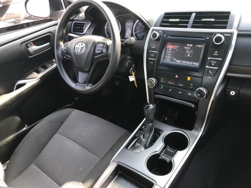 Toyota Camry 2016 price $18,299